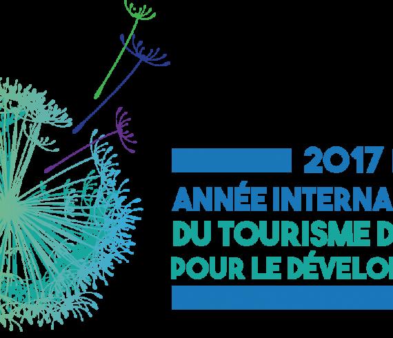Logo de l'année Internationale du tourisme durable