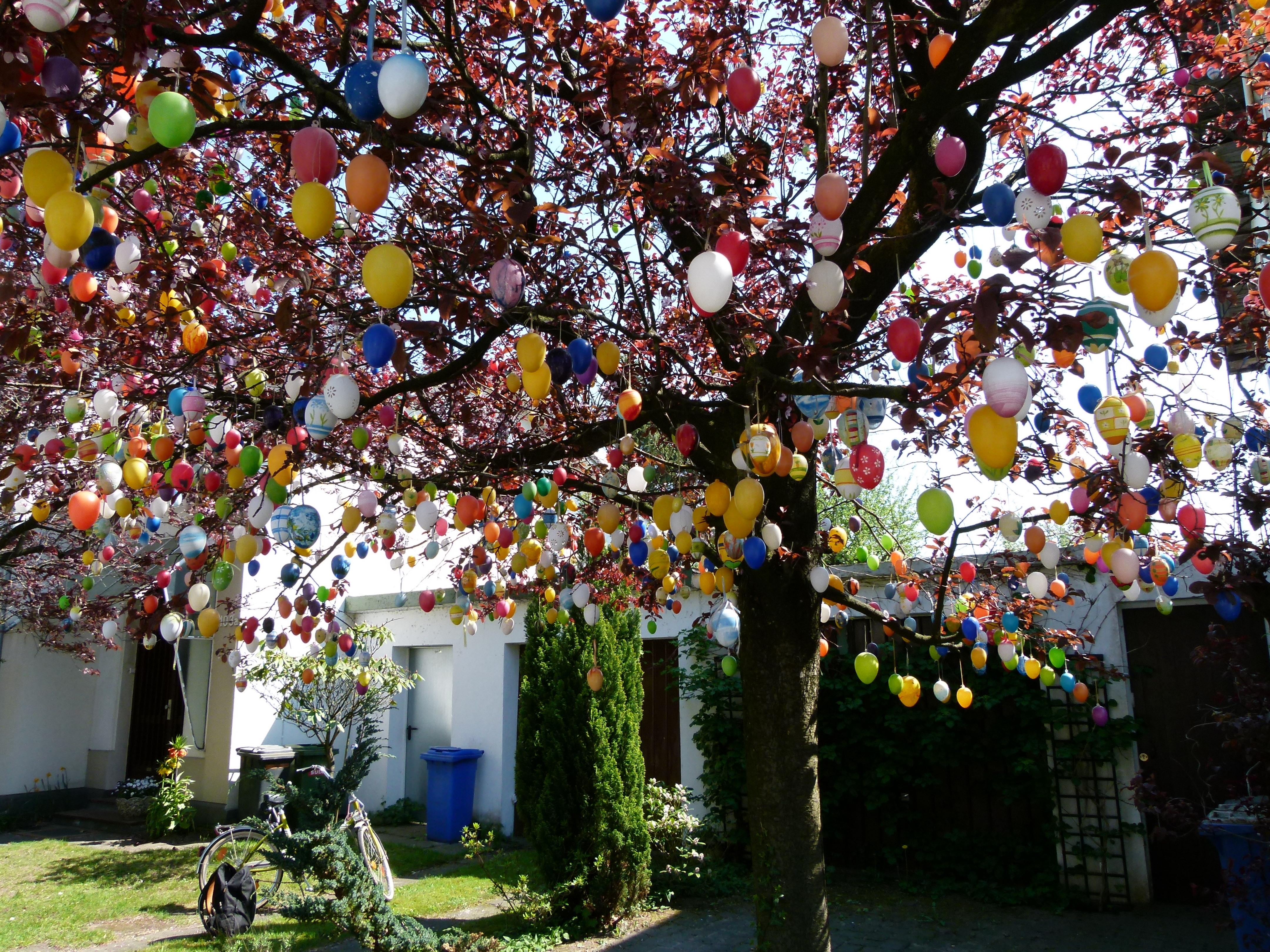 L'arbre_aux_oeufs_de_Paques